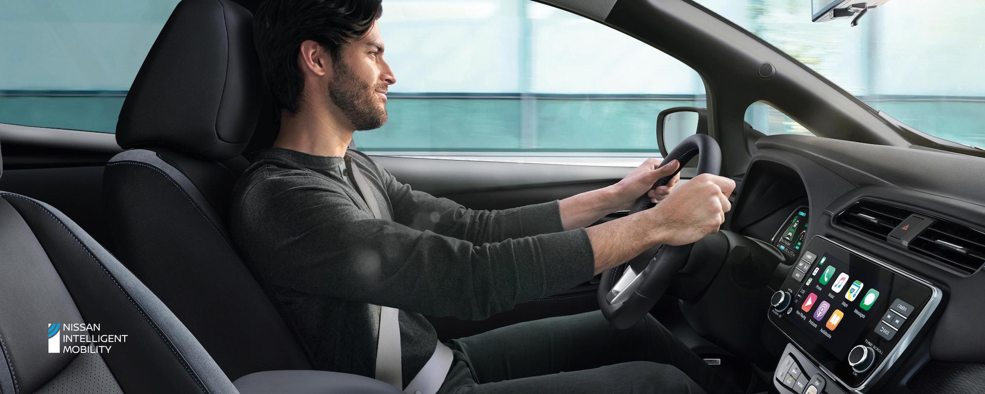 nissan-leaf-man-driving